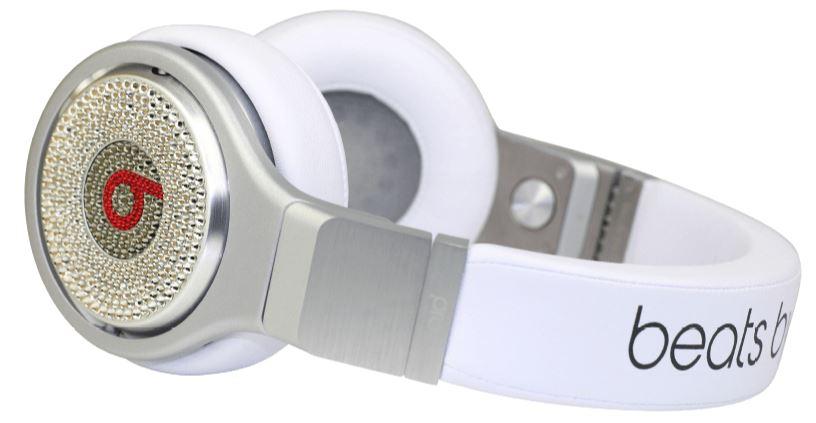 BEATS Pro Over-ear Kopfhörer mit Swarovski Elements für nur 894,- Euro inkl. Versand
