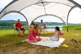 Coleman Event Shelter Pavillon 4,5 x 4,5 m für 92,08 Euro