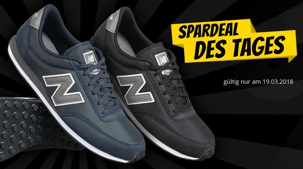 New Balance 410 Unisex Sneaker in Schwarz oder Navy