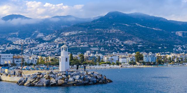 Koffer schon gepackt? 1 Woche Badeurlaub in Alanya im einfachen Strandhotel inkl. Flügen und Transfer nur 128,- Euro pro Person