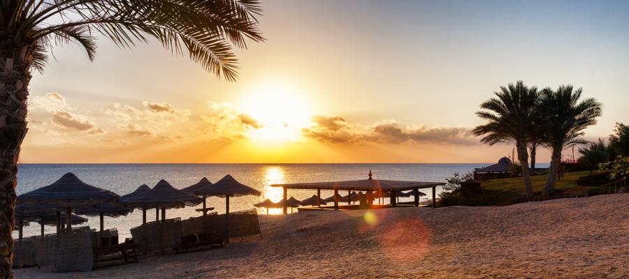 Frühbucher! 2 Woche Hurghada im 4*Hotel (87%) mit All Inklusive, Direkt-Flügen, Zug-zum-Flug-Ticket & Transfers für 441,- Euro p.P.