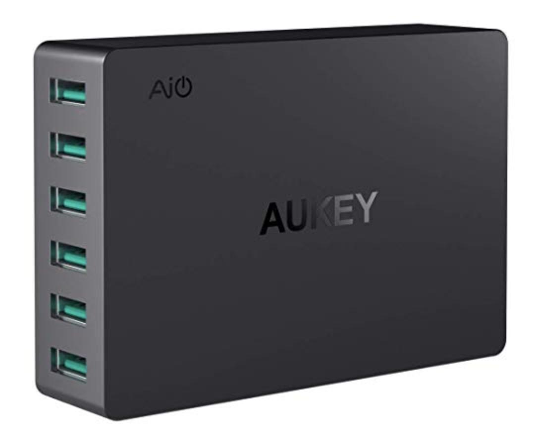 AUKEY USB Ladegerät 6-Port mit je 2.4A für nur 12,99 Euro