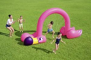 Bestway Riesiger Flamingo Wassersprinkler (3,40 x 1,93m) für 28,94€ (statt 39€)