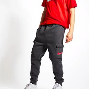 Nike Court Print Cargo Herren Jogginghose für nur 29,99€ (statt 50€)